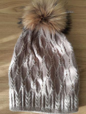 Ангоровая тёплая шапка