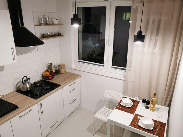 Przestronna Kawalerka z oddzielną kuchnią, po generalnym Rezerwacja