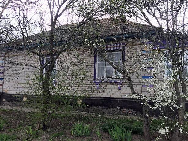 Продается дом и участок с. Омельянов 40 км от Киева ст м.Лесная