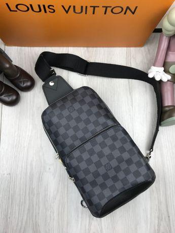 Мужская плечевая сумка слинг бананка на плечо LV Louis Vuitton c223