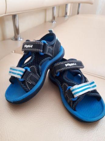 Босоніжки босоножки сандалі сандали сандалики