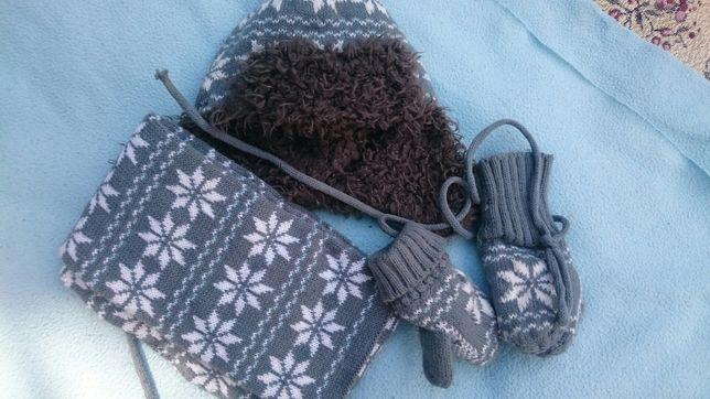 Zestaw zimowy czapka szalik rękawiczki