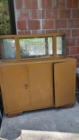 Stary kredens drewniany z pięknymi szybami w wzory  PRL do renowacji