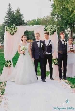 Свадебная арка, дорожка, зеркальные тумбы продам