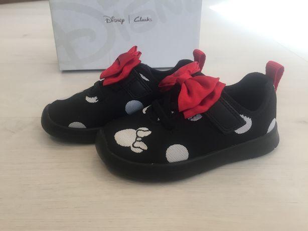 Новые кроссовки туфли полуботинки Clarks Disney 24 р. стелька 14,5 см