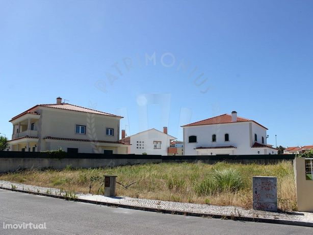 Terreno urbano, construção de moradia isolada, Caldas Rainha