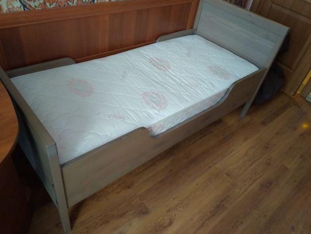Ліжко дитяче 163×70 з матрасом
