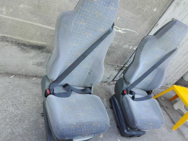 OKAZJA Fotele samochodowe z bogatą regulacją