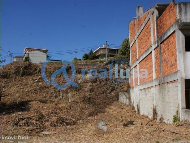 Terreno Urbano de 203 m2 em Guimarães