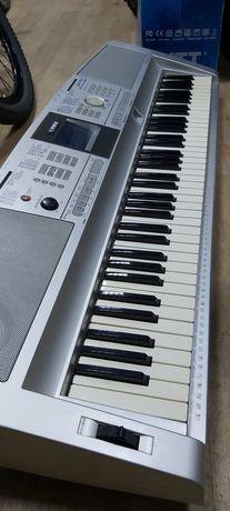 Elegancki Keyboard YAMAHA DGX-305