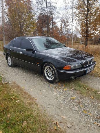 Авто BMW 520 1999