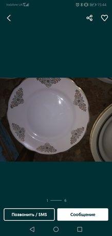 Блюдца тарелки большие и маленькие