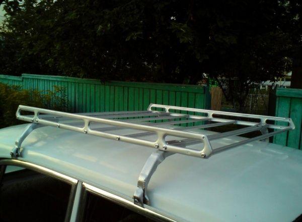 Багажник на москвіч 2141