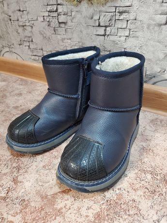 Угги сапоги зимние ботинки на мальчика 32 размер 19,5 см.