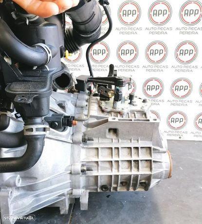 Caixa de velocidades Ford Focus, C-max de 2007 1.8 TDCI referência 6M5R-7002 ZB.