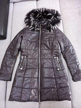 Damska dłuższa kurtka pikowana M czarna