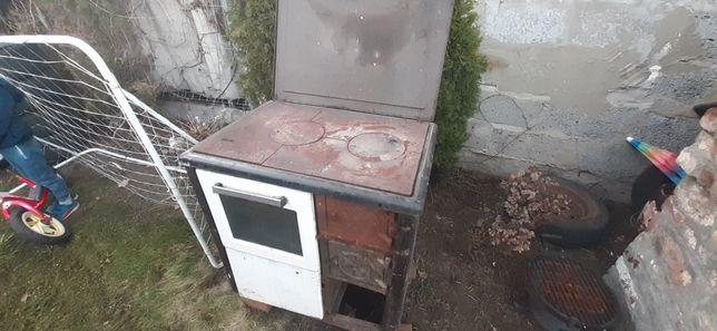 Stara kuchenka letnia