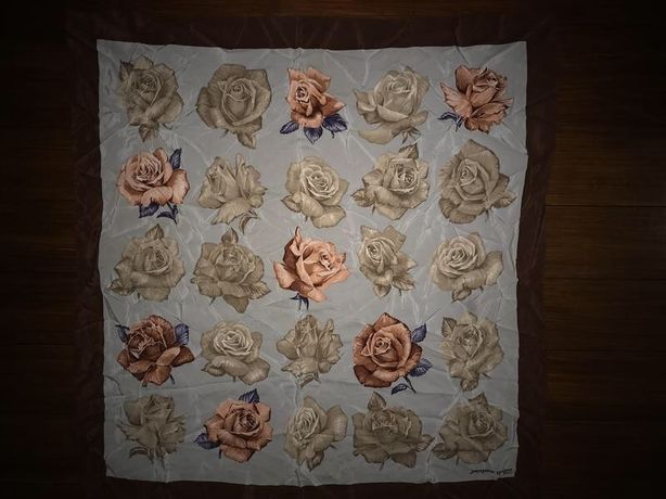 Jacques roger, шелковый платок в цветы!