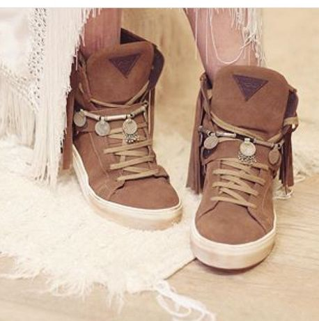 Sneaker layerboots