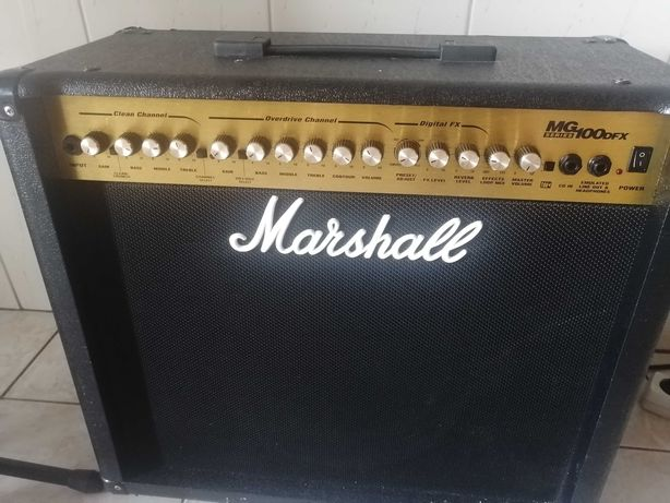 Amplificador Marshall 100dfx e guitarra ibanez gs 120