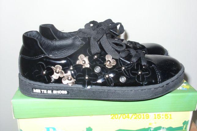 Туфли для девочки, размер 35, по стельке 22см.