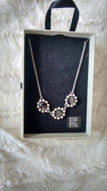 Nowa biżuteria naszyjnik w pudełku prezent święta