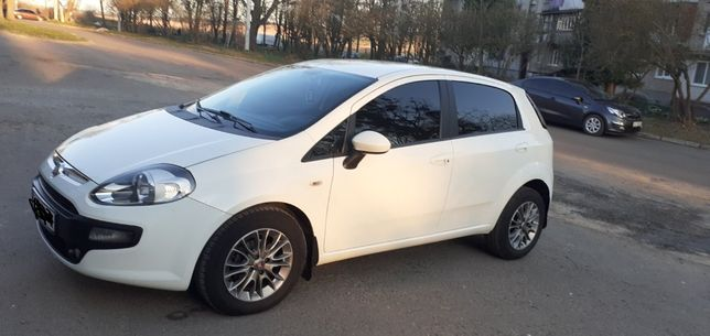 Продаж Fiat Punto EVO 2010р. Газ/бензин
