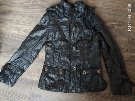 Весняно - осіння курточка
