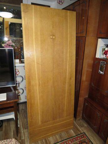 Продам 2 входные деревянные двери + коробка (двойная)