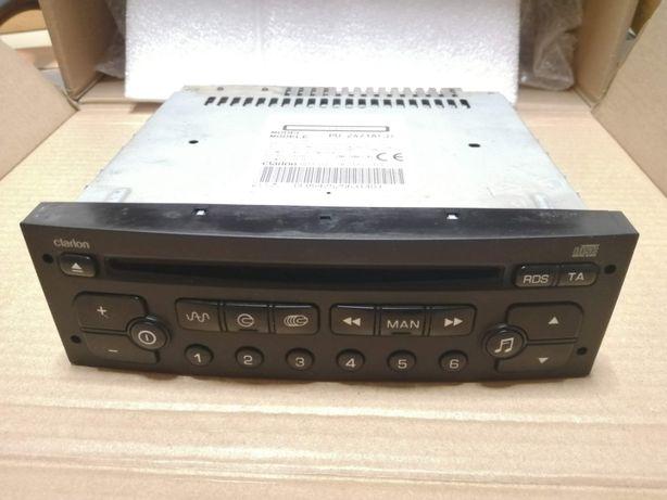 Peugeot 206 CC 1.6 HDI 2005 - Radio CD Clarion PU-2471A(J)