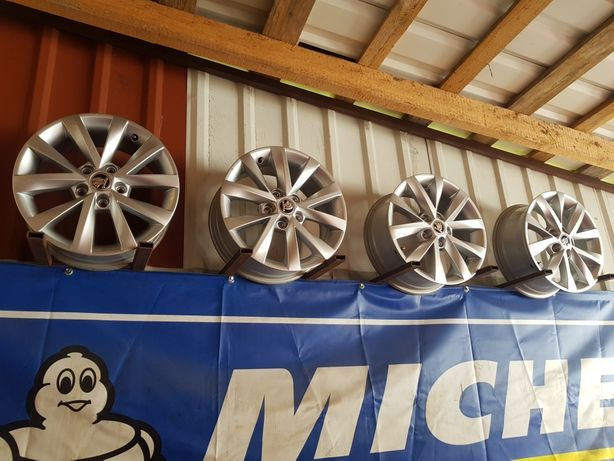 Felgi Aluminiowe Skoda Octavia III R16 5x112 ET46 -6.5J