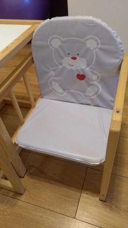 Krzesełko i stolik dla dziecka