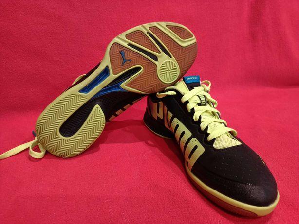 Buty sportowe halowe Puma roz 40