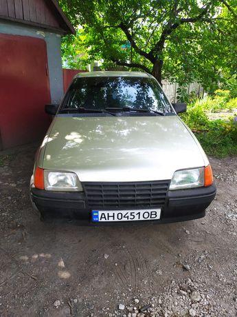 Opel Kadett газ бензин