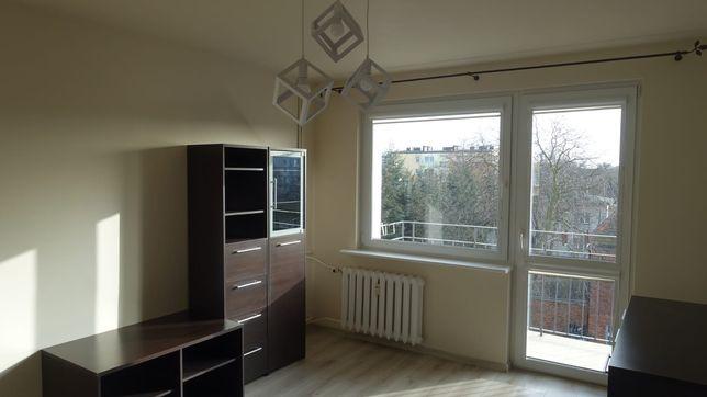 Mieszkanie  trzy pokojowe 1100zł