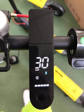 Hulajnoga elektryczna czarna/biała MP-X8.5 Ulepszona wersja modelu XIA