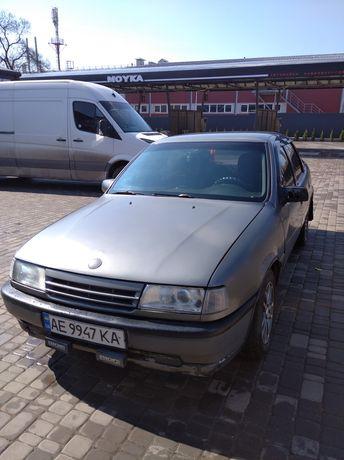 Opel Vectra A 1989 год