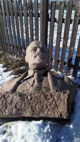 Бюст Ленина, памятник гранитный