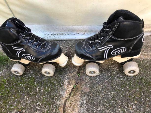 Patins completos para iniciante 33 TVD COMO NOVOS - Hoquei em patins