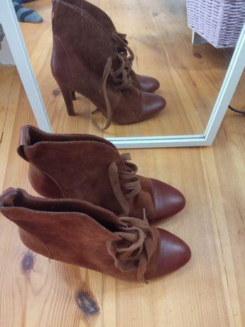 Ботинки, ботильоны Zara