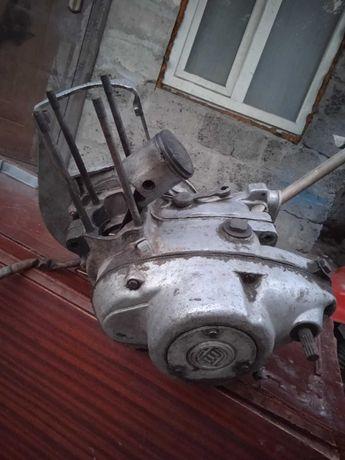 Двигатель на моторолер СССР