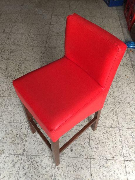 Krzesła hoker - 200 sztuk