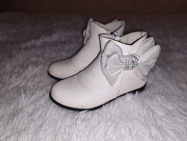Сапожки ботинки демисизонные 18см