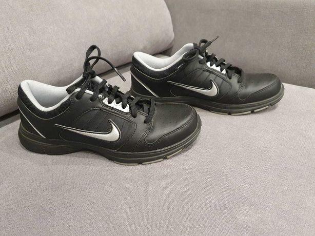 Damskie buty Nike używane rozmiar 37,5