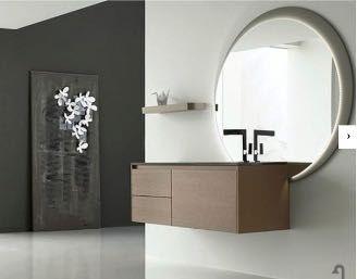 Итальянская мебель для ванны  ( тумба с раковиной и зеркало с LED)