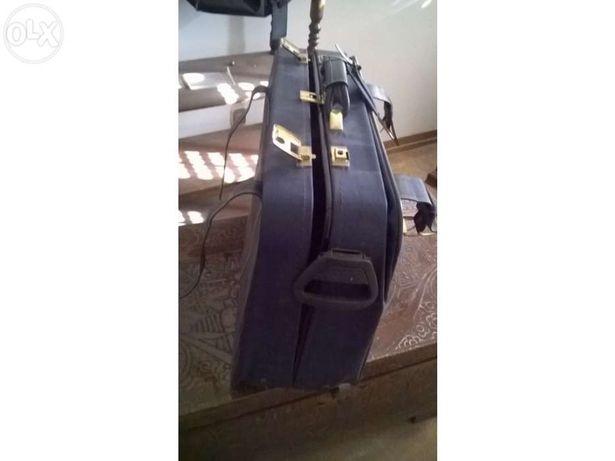 Mala viagem marca Jacto / suitcase brand Jacto