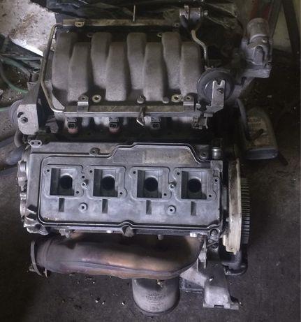 Silnik Audi v8