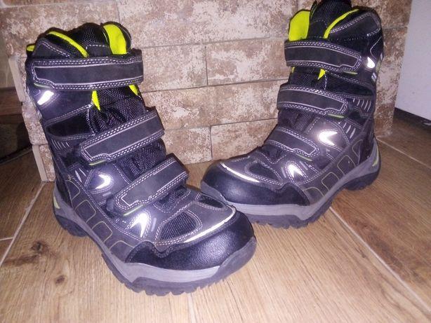 Зимове взуття 39 розмір