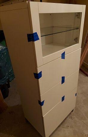 Regał IKEA BESTA o wymiarach 138 x 60 x 41, biały mat.