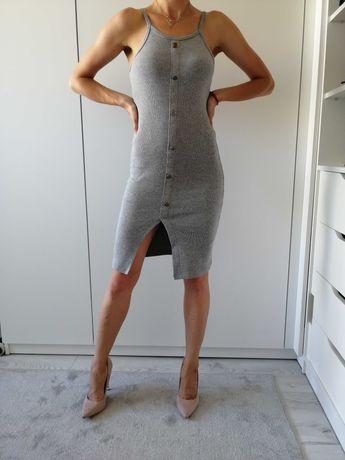 Szara dopasowana sukienka